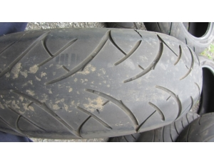 Bridgestone 180/55 ZR17, DOT4305