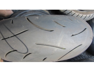 Píchlé pneu Michelin 180/55 ZR17, DOT0416